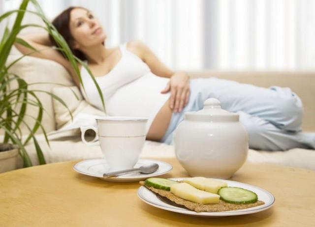 Токсикозы при беременности: как бороться с ранним токсикозом и поздним гестозом у беременных