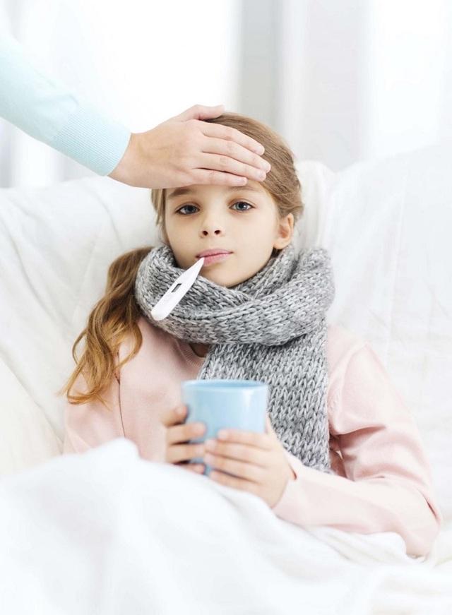 Кашель без температуры у грудничка: Комаровский о кашле у грудничков, вред муколитиков
