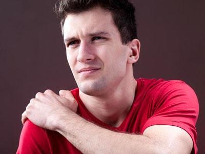 Посттравматический артроз плечевого сустава: симптомы, лечение, риски