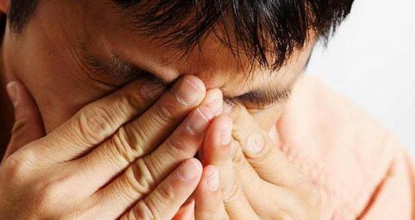 Болят глаза после сварки: что делать в домашних условиях, чем снять боль