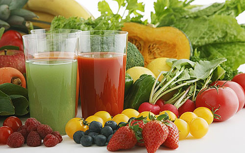 Свекла и свекольный сок: польза и вред, состав и пищевая ценность свеклы, применение свекольного сока при онкологии и других заболеваниях.