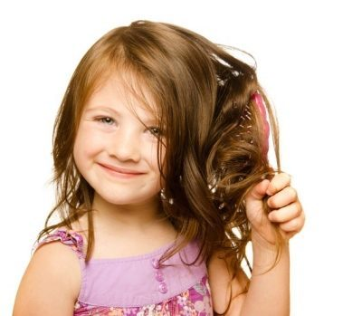 У ребенка выпадают волосы: что делать и причины выпадения волос детей