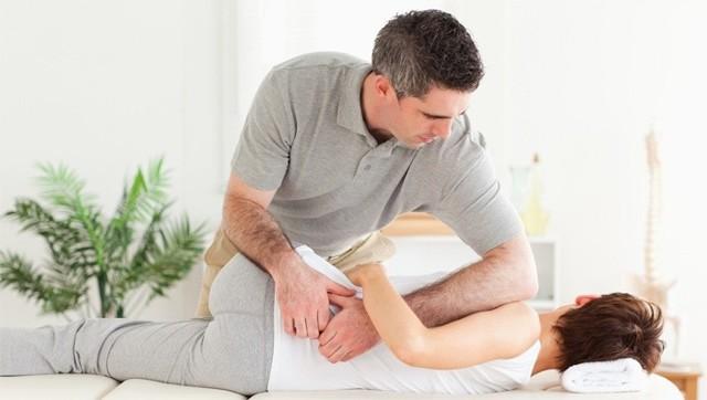 Защемление седалищного нерва: симптомы и лечение в домашних условиях, профилактика ишиаса