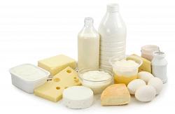 Жирные молочные продукты: польза и вред, сравнение с обезжиренными продуктами